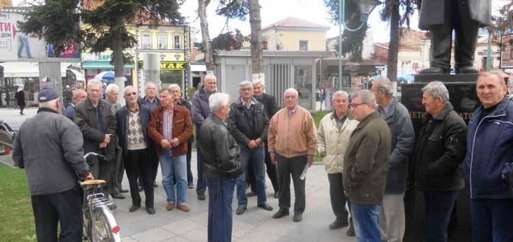 Незадоволни од одлуката на Аргировски, прилепските пензионери ја бојкотираа посетата на министерот Миноски