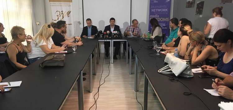 ЗНМ и Ванхојте ја поздравуваат заложбата на Владата за медиумските реформи