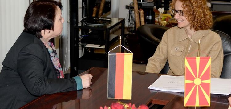 Шекеринска – Алтхаузер: Македонија треба да биде таму каде што припаѓа – во НАТО и во ЕУ