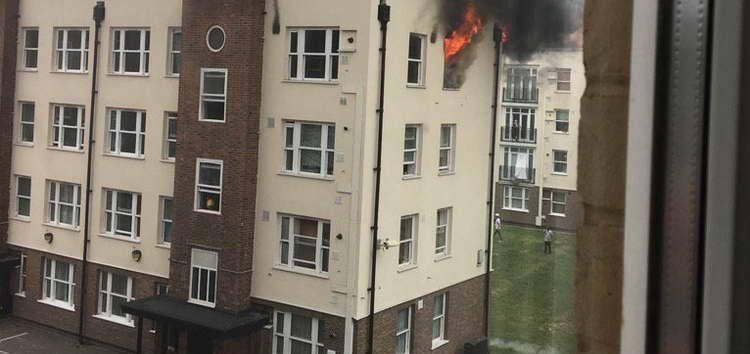 Нов пожар во Лондон – повторно гори зграда