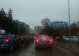 Преку денот облачно, вечер дожд и грмежи