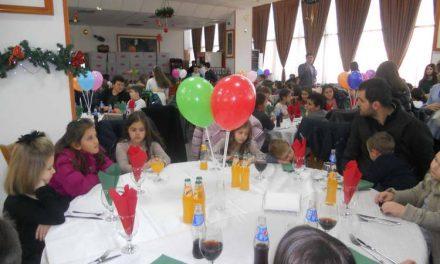 Дванаесетти божиќен ручек за 500 деца од Македонија