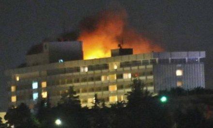 Талибанците ја презедоа одговорноста за нападот на хотелот во Кабул