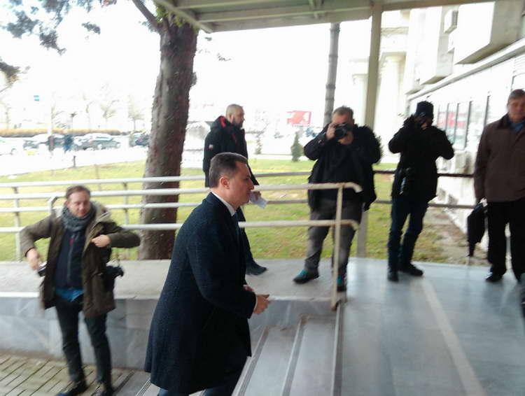Денеска и утре скопска Апелација одлучува за затворот на Груевски