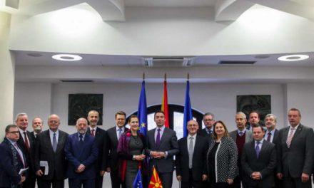 Димитров до амбасадорите од ЕУ: Можеме да бидеме фактор на успех