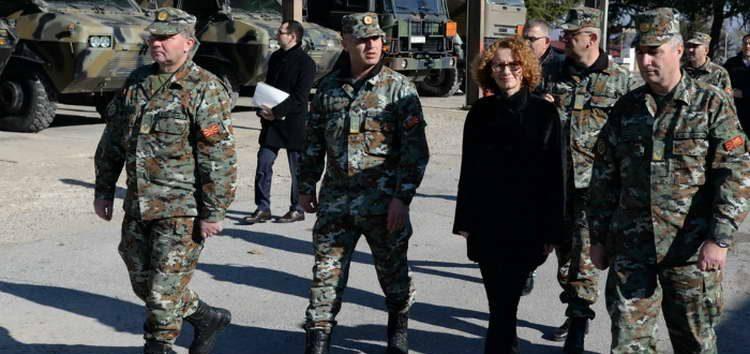 Шекеринска: Зголемени се платите во АРМ, ќе примиме нови 375 професионални војници