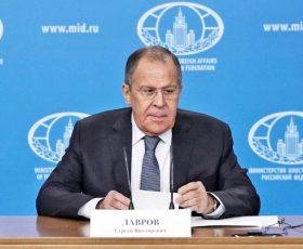 Лавров: Русија ќе го прифати името што ќе го договорат Скопје и Атина