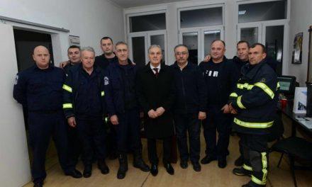 Градоначалникот Јованоски ги посети институциите коишто дежураа во новогодишната ноќ