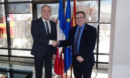 """Градоначалникот Јованоски и амбасадорот Тимоние разговараа за """"Еурокомпозит"""" и Франкофонијата"""