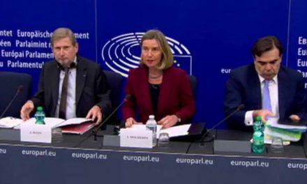 Могерини и Хан: ЕУ ќе прима нови членки, ако си ја сработат домашната работа