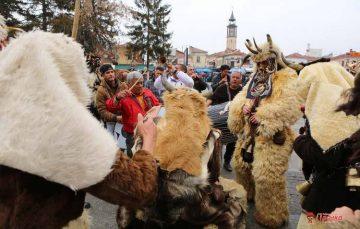 Прилепските мечкари канат на карневалска забава
