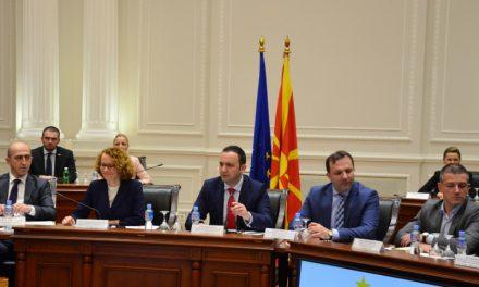 Османи: Очекувам најдобар извештај и чиста и безусловна препораака од ЕК за Македонија