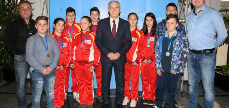 """Младите џудисти од џудо клубот """"Бушидо"""", од турнирот во Србобран се вратија со десет медали"""