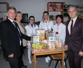 """Градоначалникот Јованоски во посета на Дневниот центар """"Ѕуница"""""""