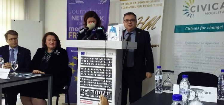 Тимоние: Препораката за ЕУ виси поради начинот на донесување на законот за јазиците