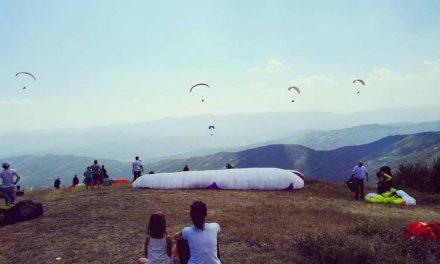 Крушево прераснува во Мека за параглајдеристите