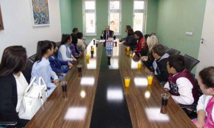 Градоначалникот Јованоски на средба со претставниците на ромската заедница по повод Меѓународниот ден на Ромите