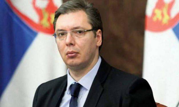 Во Србија власта зема речиси 100 отсто од времето во политичките програми