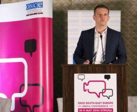 Манчевски: Владата сака независна МРТ и професионални регулаторни тела