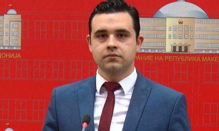 Костадинов: Мицкоски потврдува дека ги брани криминалните политики на Груевски