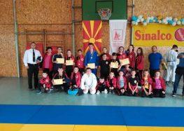 """На двете последни натпреварувања, џудистите на """"Сеишин"""" освоија 16 медали"""