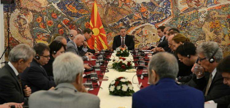 Дипломатски клуб: Иванов ја уништува дипломатијата