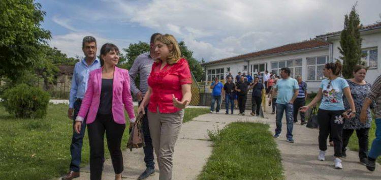 Царовска: Заедно со жителите одлучивме дека во Тимјаник ќе има мал групен дом