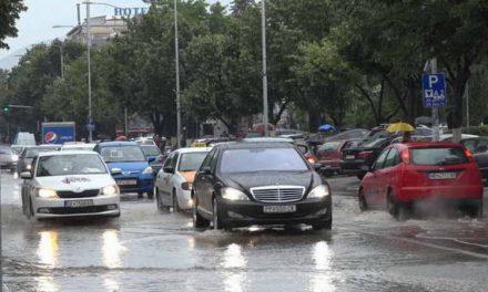Во Прилеп се санираат штетите од поплавите