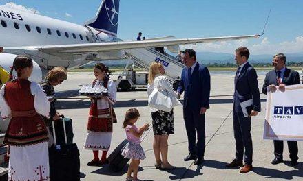 Сугарески: Бројот на превезени патници од двата аеродрома во државата континуирано расте