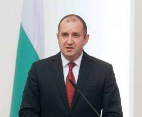Радев: Бугарија е загрижена од ескалацијата во Македонија за договорот со името