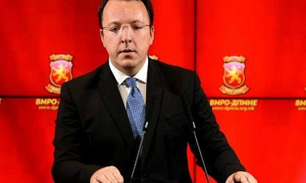 Николоски: Пратениците што се против уставни измени не се против ставот на Мицкоски