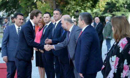 Премиерот Заев и канцеларот Курц: Македонија и Австрија имаат традиционално добри односи