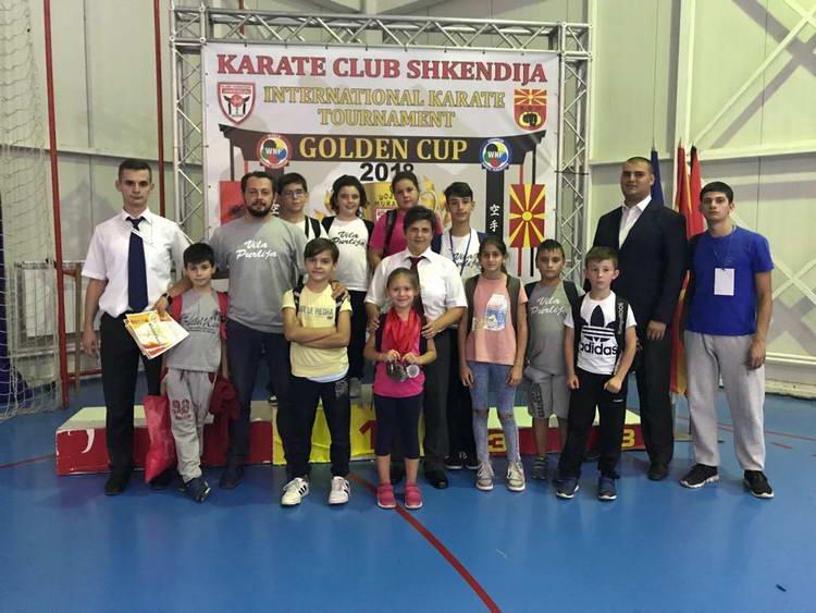 """Голем број на награди освоија младите каратисти од карате клубот """"Бонсаи"""""""