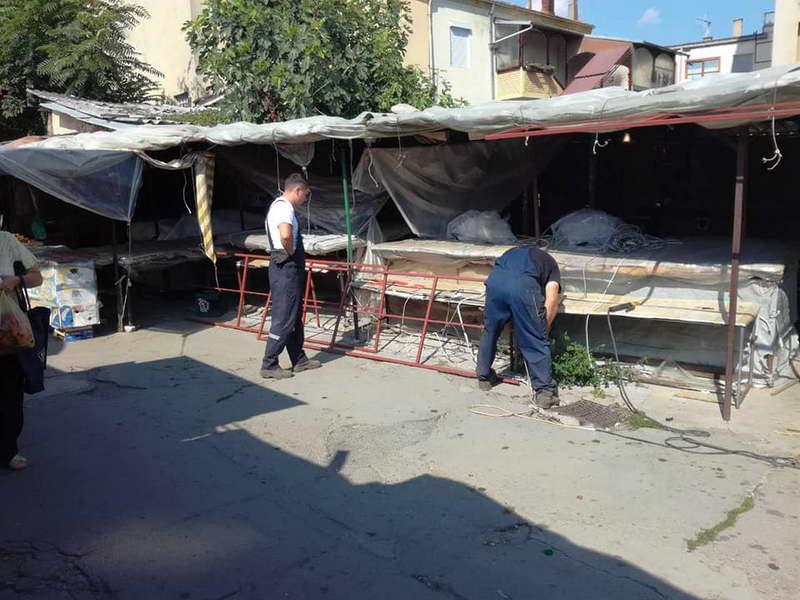 Нови тенди во градскиот пазар во Битола