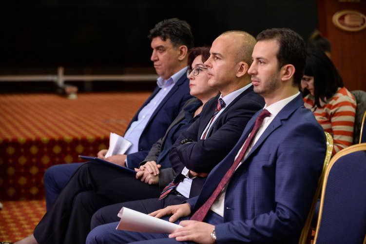Прес на министрите Тевдовски и Фазлиу со градоначалниците на Битола, Тетово и Гевгелија