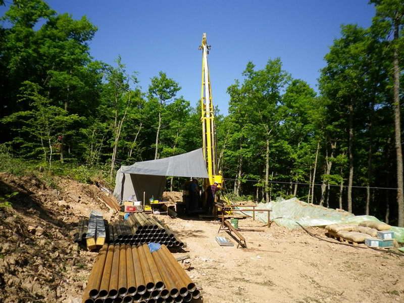 """Екологистите до Владата: Решете го """"рудникот на смртта"""" или народот сам ќе го реши"""