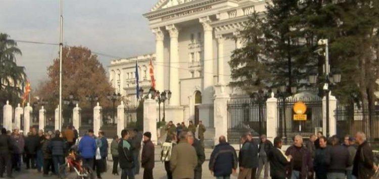 Стечајците на ОХИС на средба во Владата: Нови пресметки на плата и за придонеси
