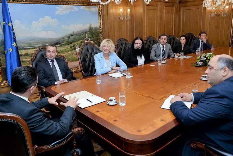Премиерот Заев со делегација на Нансен Дијалог Центар Скопје