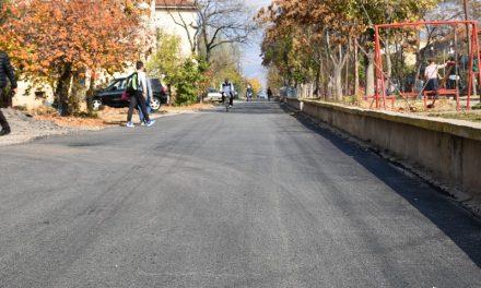 """Нов асфалт за дел од улиците """"Петта Прилепска бригада"""" и """"11.Октомври"""""""