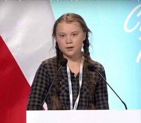 Девојчето од Шведска ги стресе лидерите: Само зборувате за климата, а им ја крадете иднината на децата (видео)