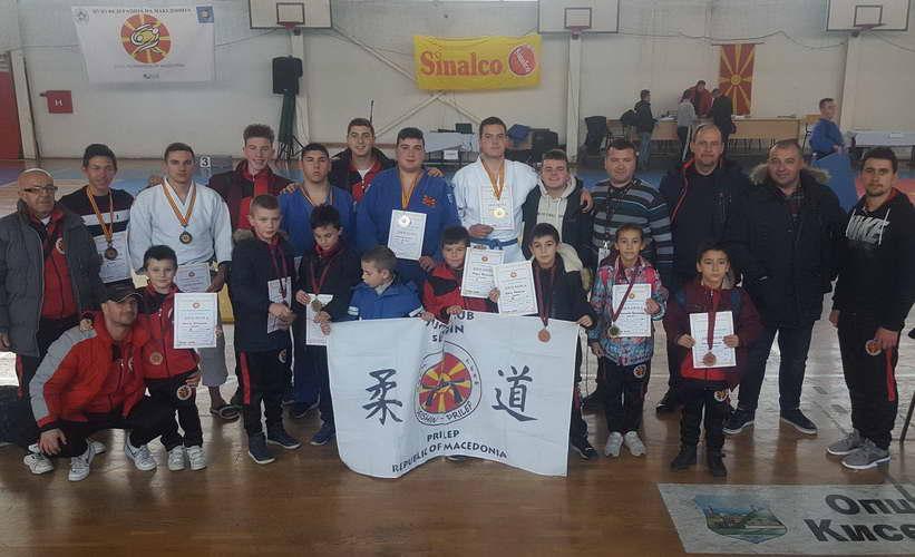 Од Државното првенство во Скопје, џудистите на прилепски СЕИШИН се враќаат со 12 медали