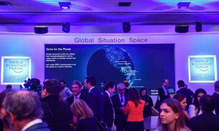 Премиерот Заев предводи владина делегација на Светскиот економски форум во Давос