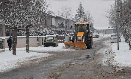 Од два часот изутрина се чистат улиците во општина Прилеп