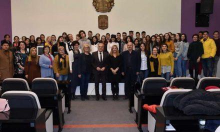 """Учесници од 5 држави во проектот """"Граѓани претприемачи и волонтери"""", во посета на Општина Прилеп"""