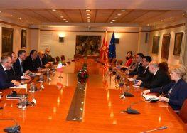 Заев се сретна со претседателот на италијанската антикорупциска управа, Рафаеле Кантоне