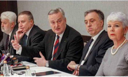 Марковиќ го поддржа Подгоричкиот клуб, сочинет од поранешни функционери меѓу кои и Црвенковски и Костов