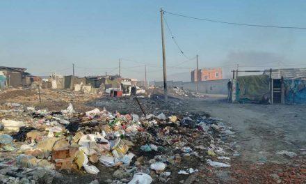 Жителите на Чаир, Бутел и Визбегово дишат отров од запалената депонија во Шутка