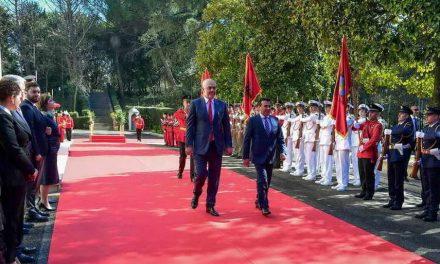 Заев во посета на Албанија: Има голем потенцијал за унапредување на економската соработка