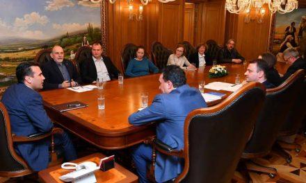 Заев: Да се почитува одлуката на в.д градоначалникот и на охридските советници за запирање на градбата во Лагадин