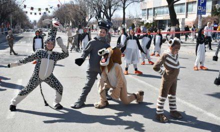 """Детскиот карневал """"Прочка 2019"""" ги воодушеви посетителите"""